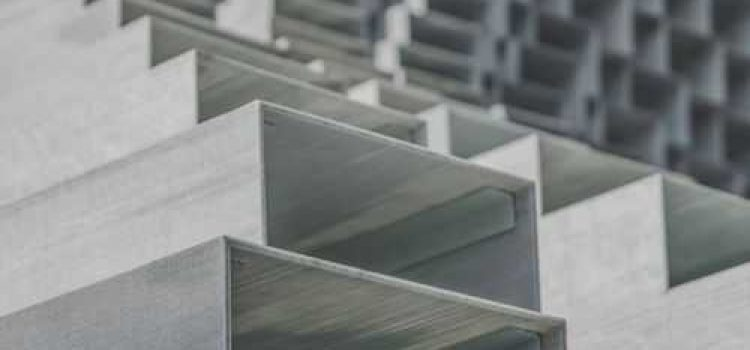 Chinese steel supply rises but demand struggles
